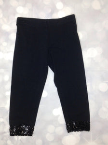 Xhilaration Black Capris
