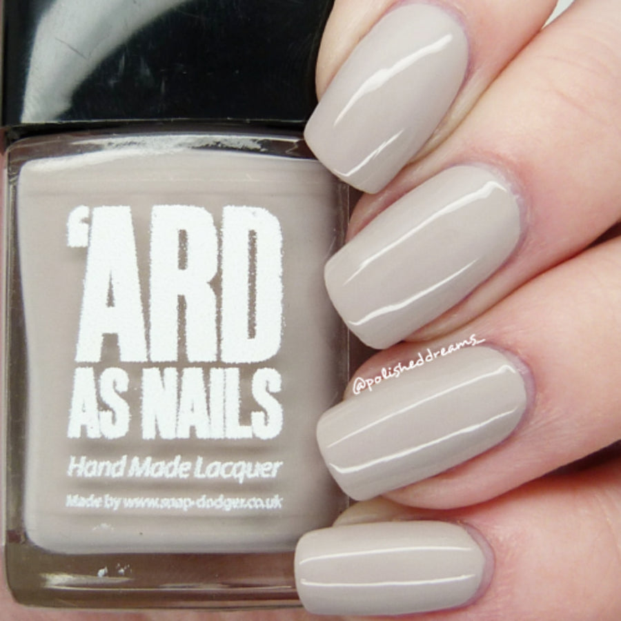 Lou Lou-Ard as Nails-UK-Wholesaler-Supplier-queenofnailscouk