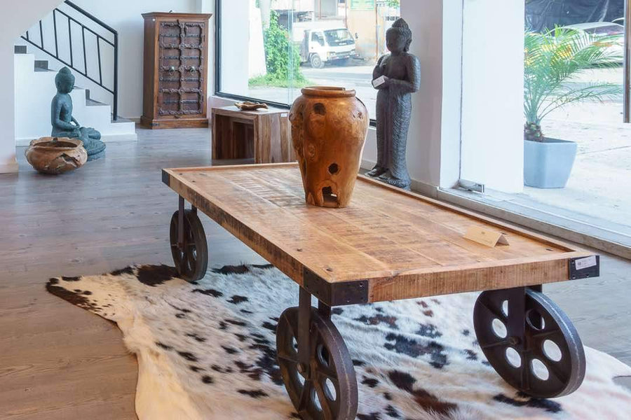 Top 5 Reclaimed Wood Furniture That Will Make Your Home Stand Out