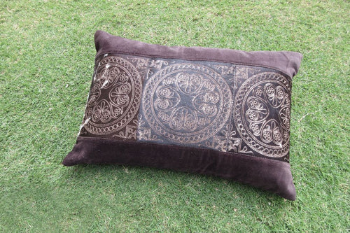 Zen Graceful Pillow - casa-suarez-panama