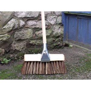 "13"" Saddle Back Bass/Cane Mix Yard Brush Stiff Sweeping Broom for Outdoor Use"