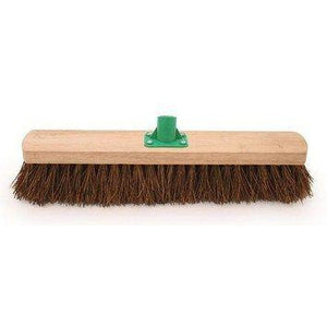 "18"" Stiff Bassine Platform Broom Head Large Stiff Sweeping Brush - The Dustpan and Brush Store"