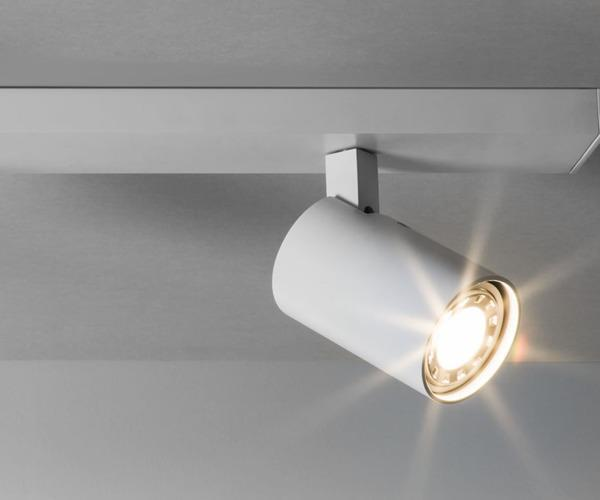 Ascoli Triple Bar - Taklamper. Fra Astro Lighting