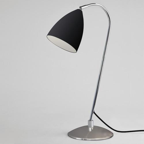 Joel Bordslampa - Svart - Bordlamper. Fra Astro Lighting