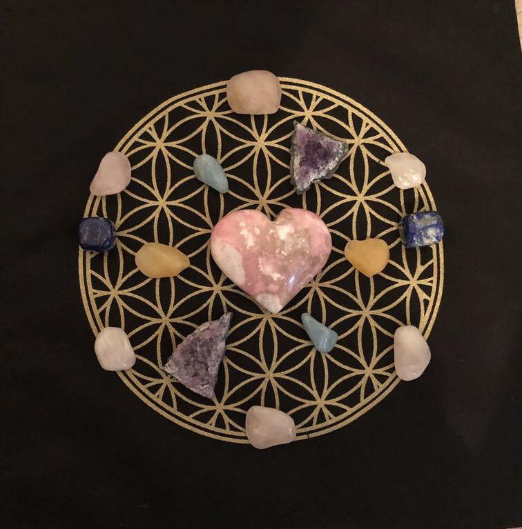 Crystal Grids-Cosmic Crystal Visions
