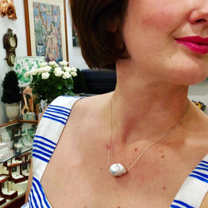 Floating Baroque Pearl Necklace in 9ct Gold