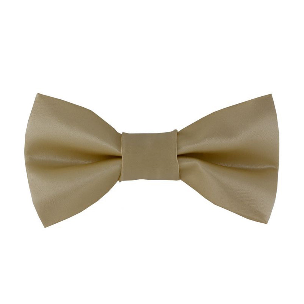 Gianfranco Off-White Bow Tie and Handkerchief