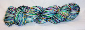 Hand dyed yarn / Fingering Weight / Superwash BFL / Nylon / Atoll