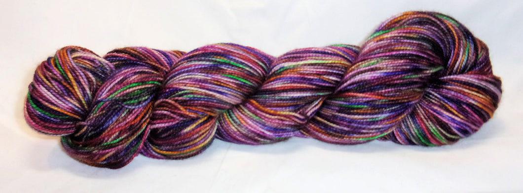 Hand dyed yarn / Fingering Weight / Superwash Merino / Purple Party