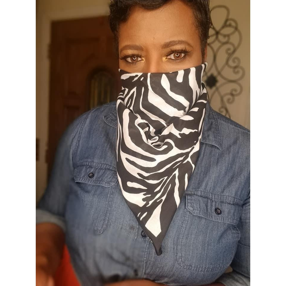 Black & White Diva Scarf -Face Covering