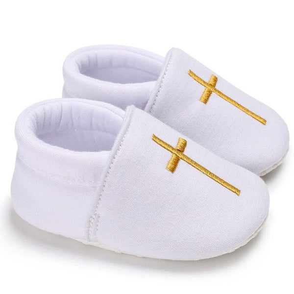 White Christening baby shoes B010 with golden cross