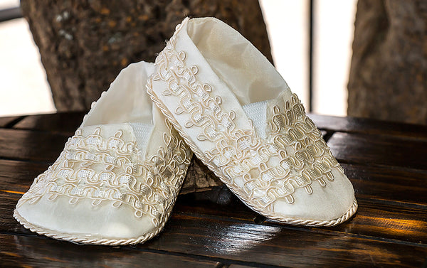 Ivory Baby Christening shoes  handmade B011