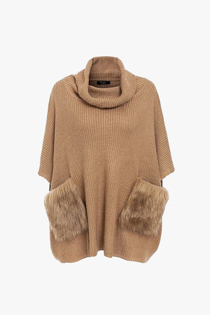 Jia: Sweater with Faux Fur Pockets