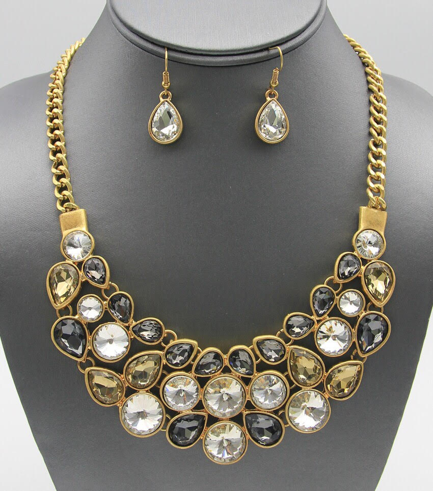 Crystal: Gemstone Bib Necklace Set