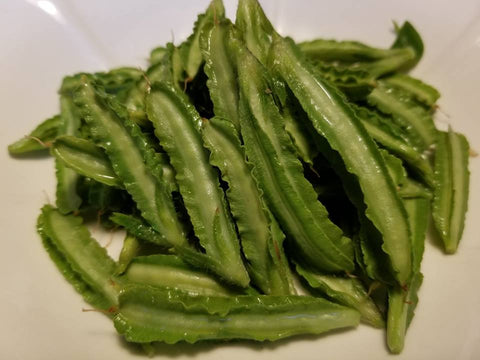 Asparagus pea pods steamed whole