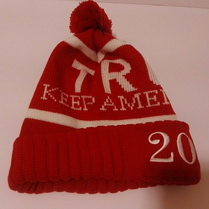 Donald Trump 2020 Keep America Great Winter Hat Beanie