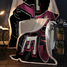 Load image into Gallery viewer, I Love Trump Sherpa Blanket - Light maroon White