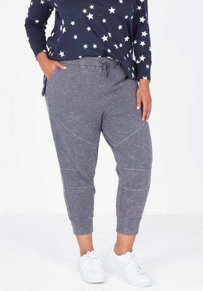 Knee Seam Jogger - Charcoal