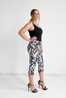 3/4 Tigerlily Pants in Cosmos Print,,