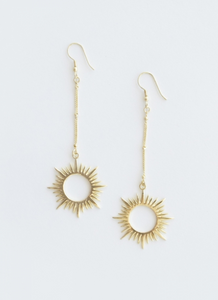 Ethereal Drop Earrings Gold
