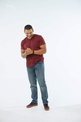 MENS v-neck tee in Burgundy