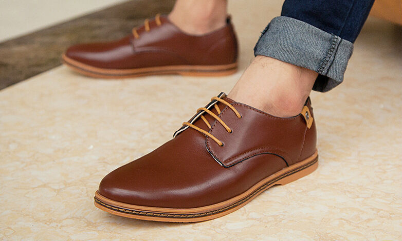 CASUAL LACE-UP OXFORDS