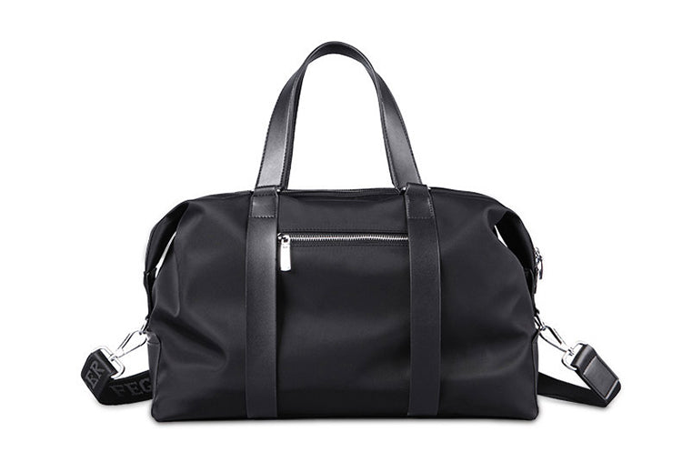 MEDIUM NYLON DUFFLE BAG