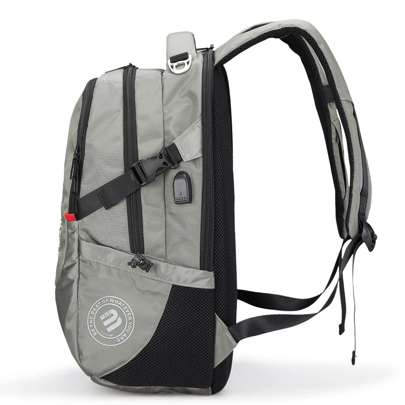 MARK RYDEN TRADITIONAL TECH BACKPACK