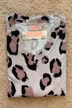 Chic Leopard Top-Taupe