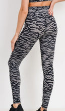 Workout-Tiger Print Leggings-Grey