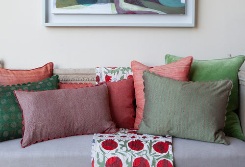Styling Tips for Cushions at Christmas