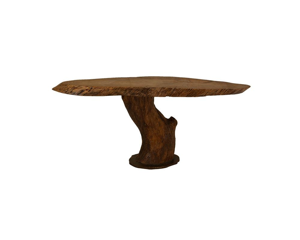 An interesting Oak Trunk as Coffee Table