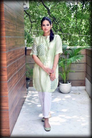 Lemon Green Hand Block Printed Kurta With Inner - label shreya gupta