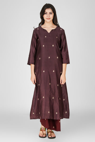 Move Chanderi Embroidered Kurta - label shreya gupta