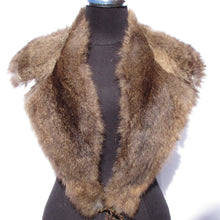 DOUBLE SIDED POSSUM FUR COLLAR