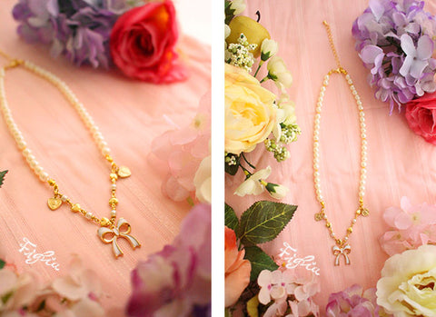 O041 Angel Ribbon Necklace