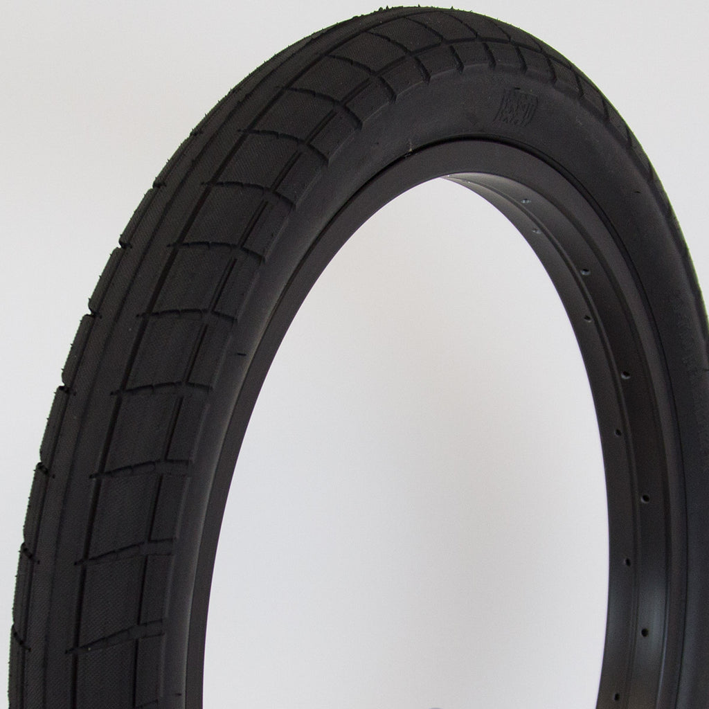 BSD Donnasqueak Tyre (Alex Donnachie)