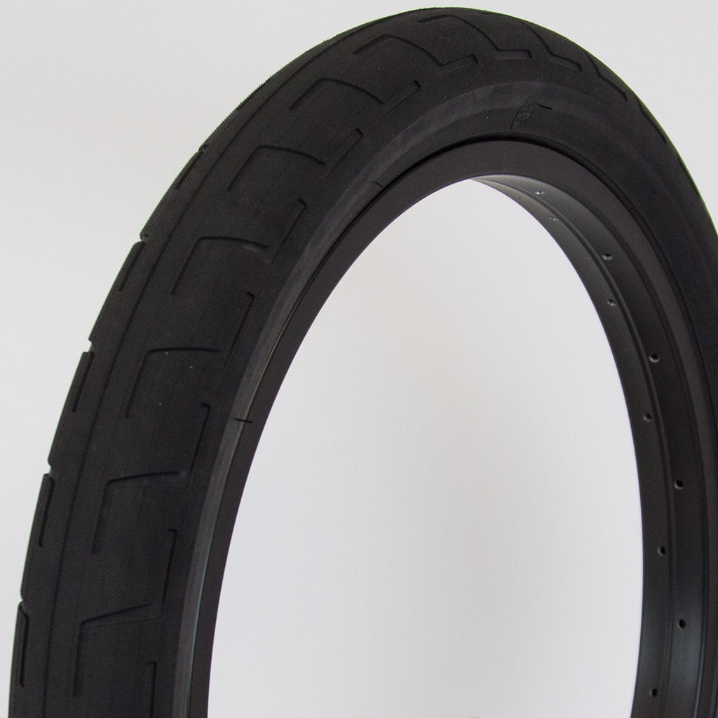 BSD Donnastreet Tyre (Alex Donnachie)