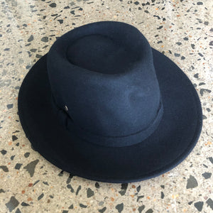 fini. fedora - black (warehouse sale)