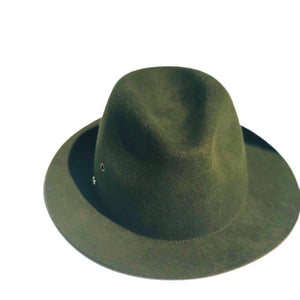 WS_R120_FINI. HAT:   fini. fedora - forest green