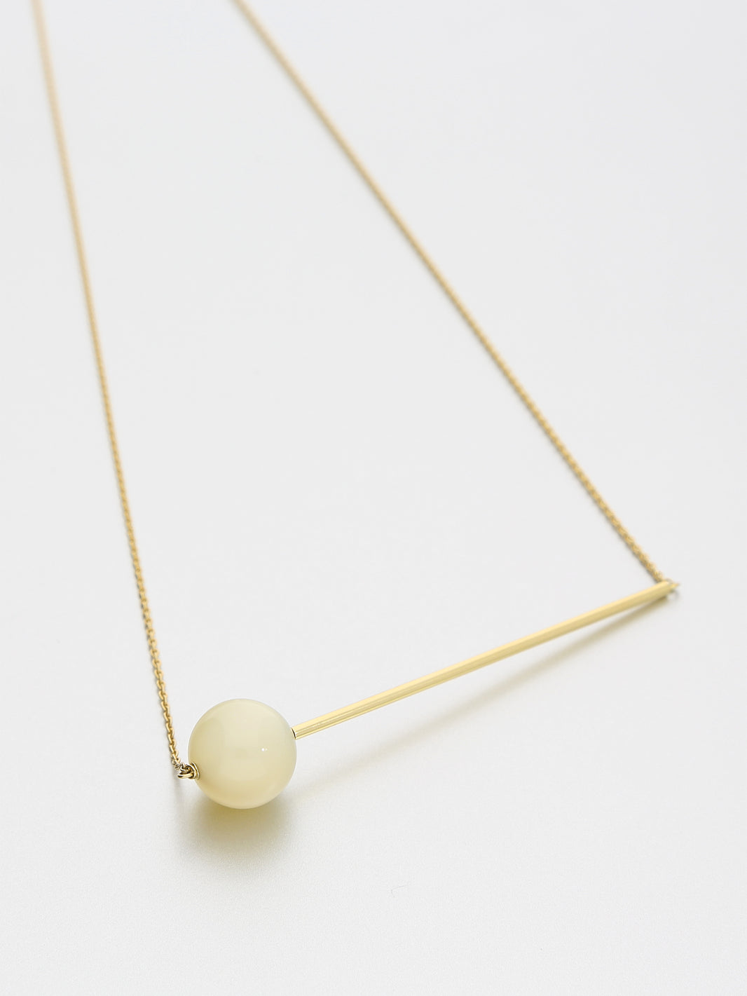 Abacus Moonstone Necklace, Yellow gold Full moon, white moonstone 12 mm