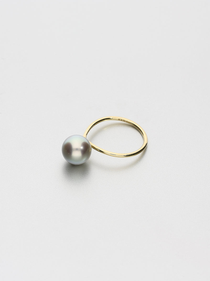 Fine Pearl Ring, Yellow gold with dark Tahitian pearl 9mm