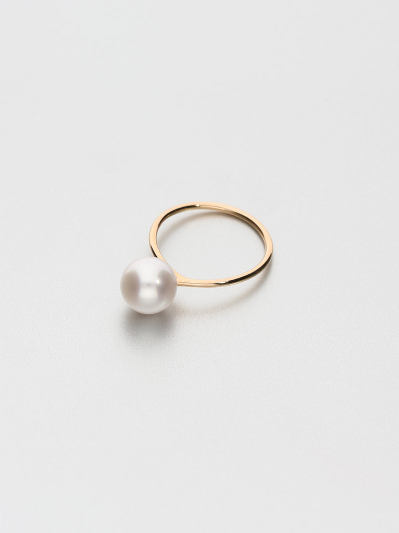 Fine Pearl Ring, Rose gold with white Akoya pearl 8.5mm