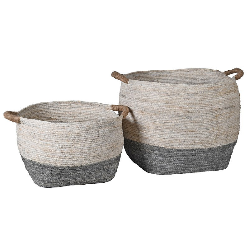 S/2 white and grey round seagrass baskets