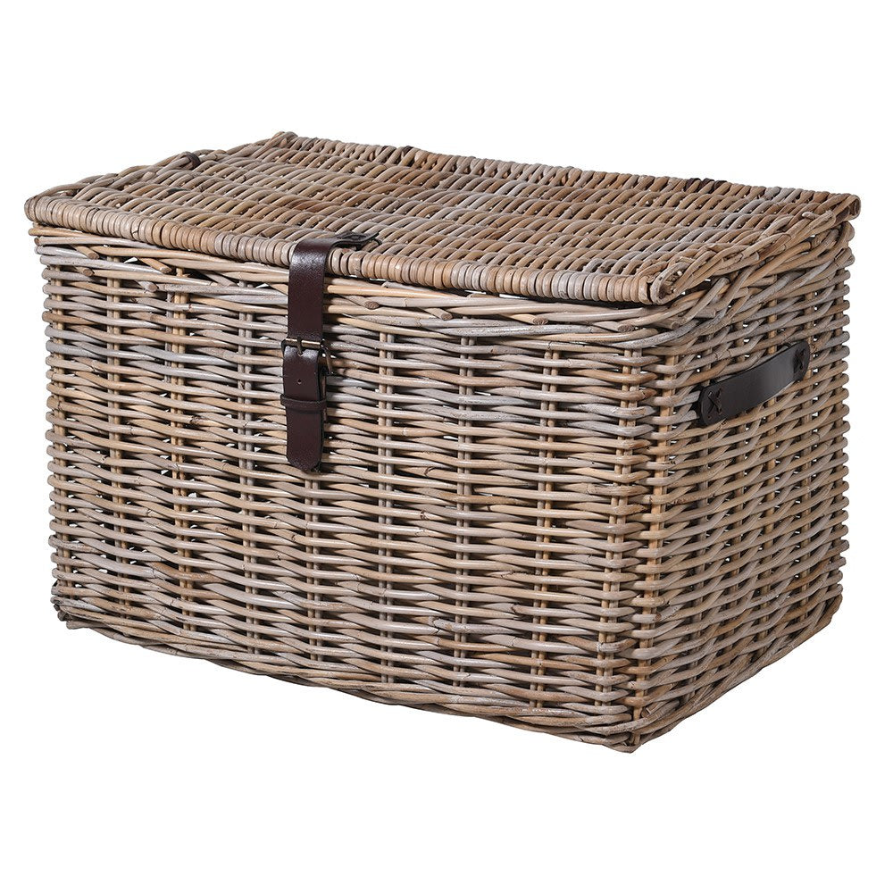 Rattan lidded basket