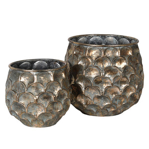 Set of 2 petal design planters