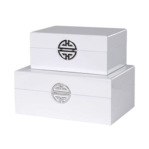 S/et of 2 white wooden boxes