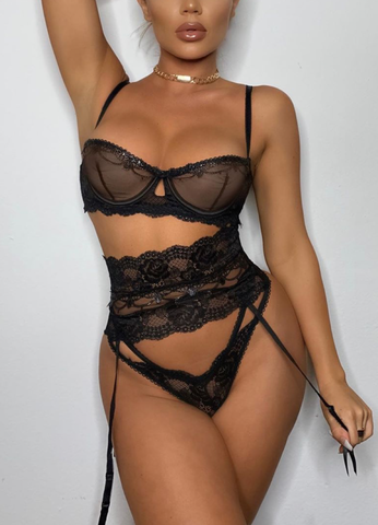 LEENA SET- BLACK