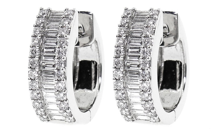 1.10ct 18k Huggie Earrings