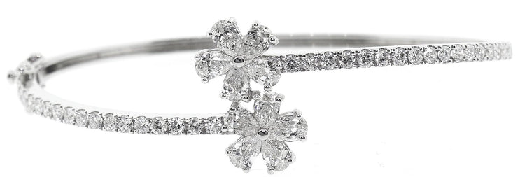 14k Gold, 3.00ct Diamond Flower Style Bangle
